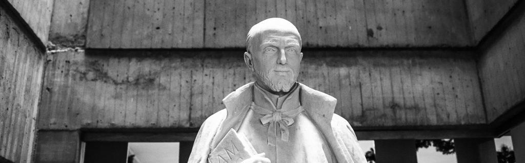 Estatua San Ignacio horizontal