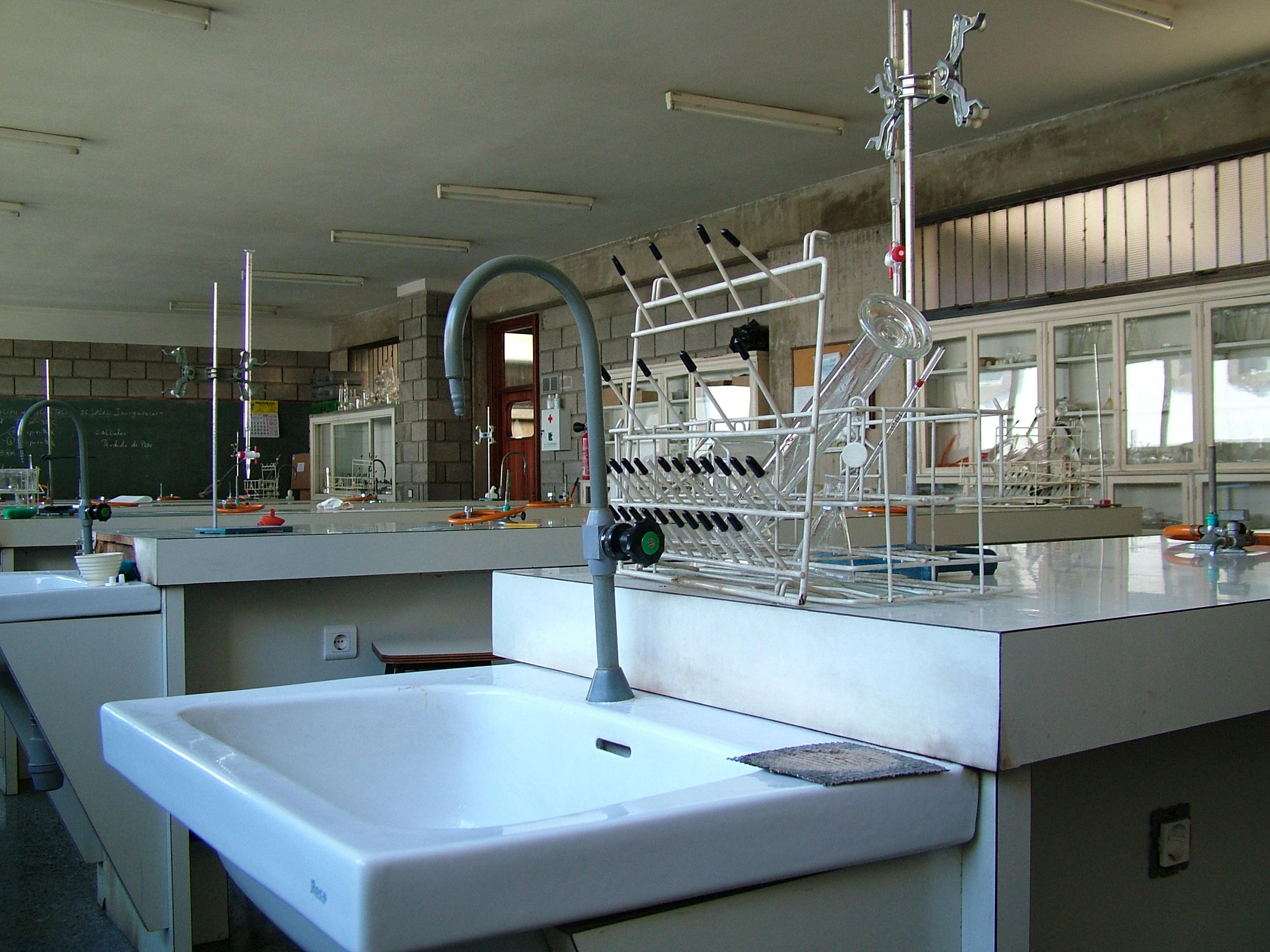 Laboratoro Químico